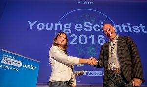young-escientist-award-2016-maureen-van-eijnatten